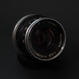 FujinonL_5cmF28_1.jpg